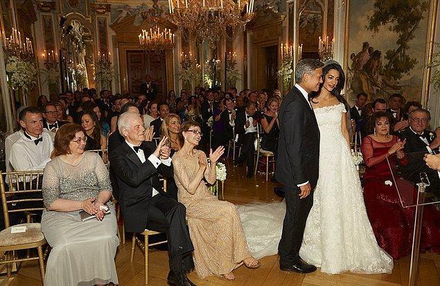 Ve sonunda da devlerin bu aşkını 2014'te İtalya'da görkemli bir düğünle taçlandırdı Clooney çifti.