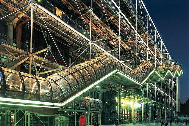 11. Pompidou Centre (Paris, Fransa)