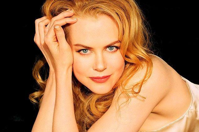 1. Tam adı Nicole Mary Kidman olan yetenekli yıldız, 20 Haziran 1967 doğumlu. Bugün 50 yaşında ve her şeyiyle Hollywood'un klişelerine meydan okumaya devam ediyor!