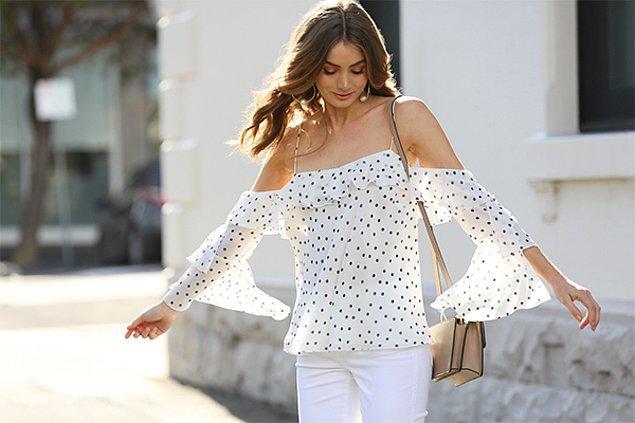 6. Omzu açık bluzlarla her mevsim şık olabilirsiniz!