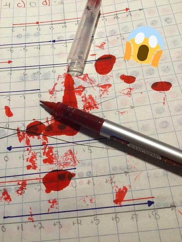 5. Herhangi bir yerinden mürekkep sızdıran bu kalemden daha sinir bozucu ne olabilir ki? 😤