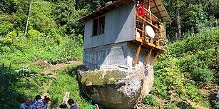 Doğaya Dönüşün Bu Kadarı: Kentin Gürültüsünden Kaçıp Bir Kayanın Üzerine 16 Metrekare Ev Yapan Rizeli Vatandaş
