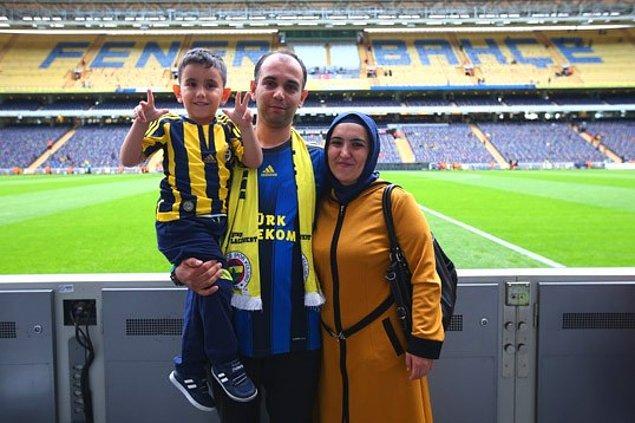 Fenerbahçe yönetimi ise, Berkay ve ailesini Fenerbahçe - Galatasaray derbisini izlemek üzere stada davet ederek minik çocuğa güzel bir jest yapmıştı.
