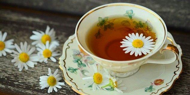 Papatya Çayı Maskesi