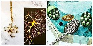İlim ve Süs Eşyaları Bir Arada! İlhamını Bilimden Almış Birbirinden İlginç Takılar
