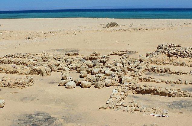 Araştırmacılar ayrıca, Wadi Al-Jarf limanının da önemli bir rol oynadığını keşfetmişler.