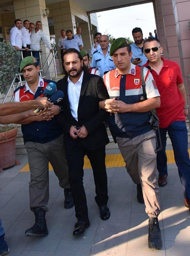 Emrah Serbes, bu açıklamayı yaptıktan sonra İzmir Torbalı Adliyesi'ne giderek savcılığa teslim oldu ve çıkarıldığı mahkeme tarafından tutuklandı...