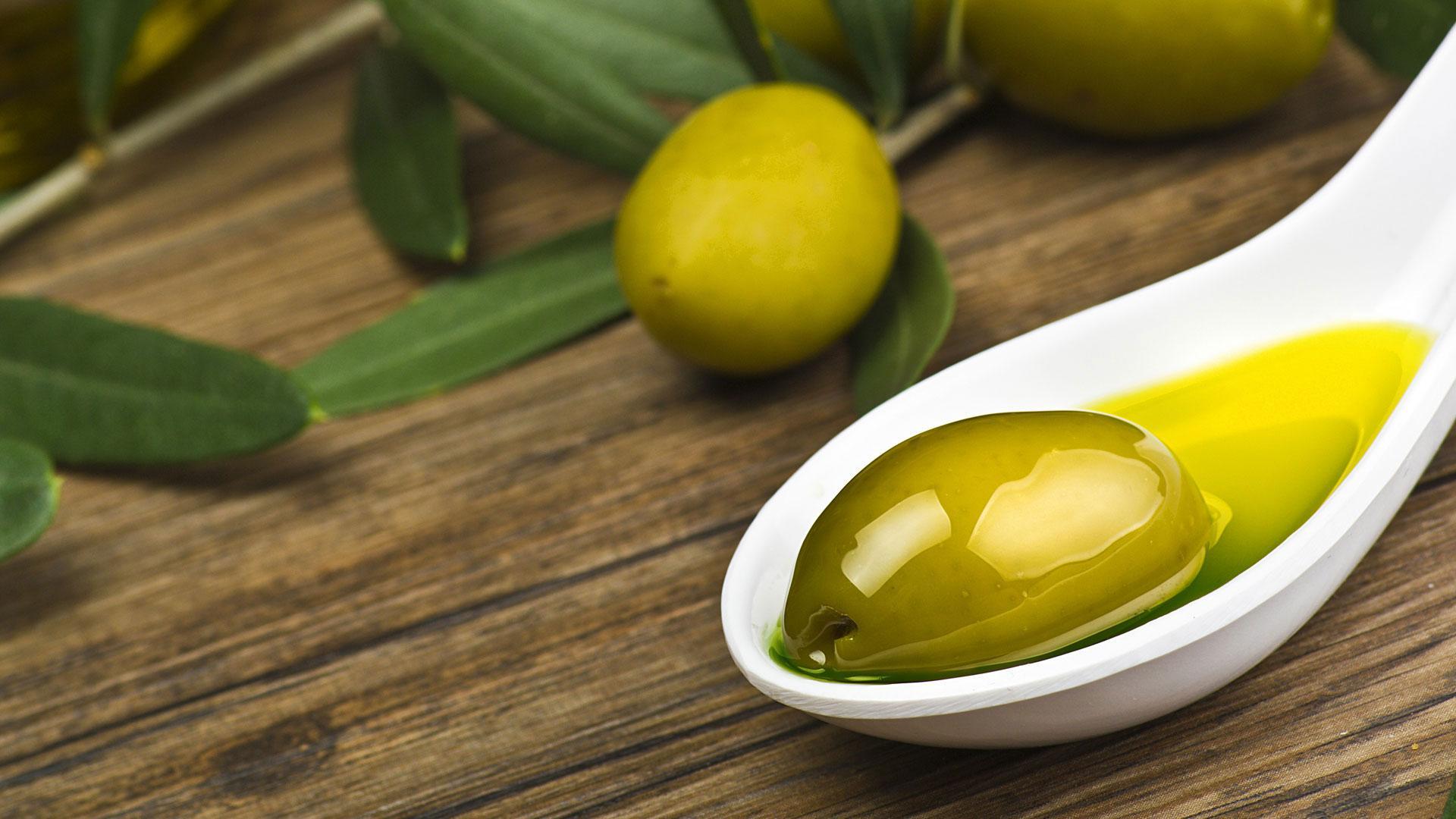 еда оливки масло  № 2107912 без смс