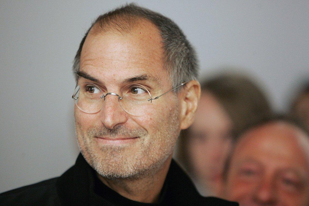Batmak Üzere Olan Şirketi Dünyanın Hakimi Haline Getiren Bir Deha: Ölümünün 6. Yılında Steve Jobs 17