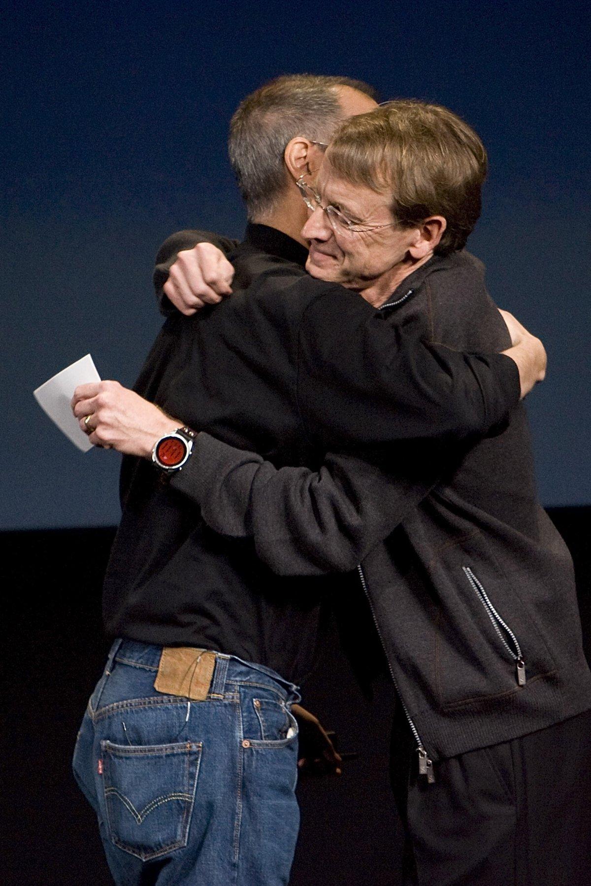 Batmak Üzere Olan Şirketi Dünyanın Hakimi Haline Getiren Bir Deha: Ölümünün 6. Yılında Steve Jobs 89