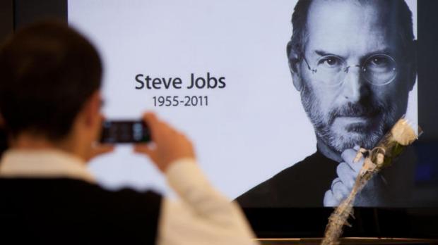 Batmak Üzere Olan Şirketi Dünyanın Hakimi Haline Getiren Bir Deha: Ölümünün 6. Yılında Steve Jobs 49