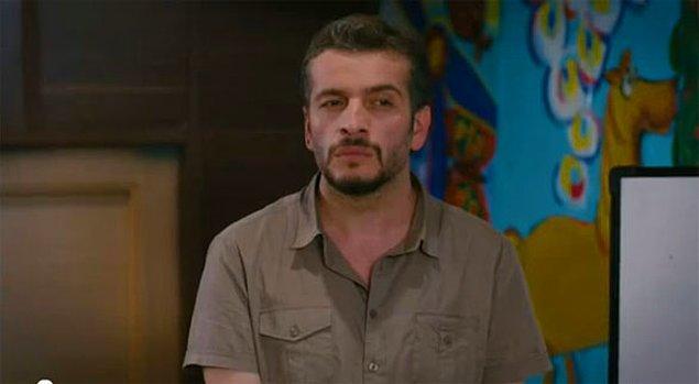 2. Ne kadar da pişkin, hayata ilişkin: Murat Cemcir!