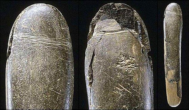 3. Tarihin ilk vibratörleriyse taştandı. 🗿