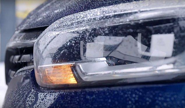 Anahtar sinyal alanı arttığında otomobil sizin yaklaştığınızı düşünerek kapılarının kilidini açıyor ve çalışmaya hazır hale geliyor.