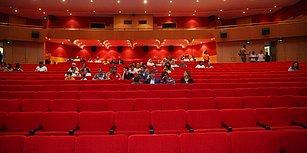 Antalya Film Festivali'nde Kurtlar Vadisi 'İlgisizliği': Görevliler İzleyici Olarak Alındı, Necati Şaşmaz Salonu Terk Etti