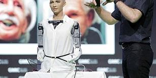 Şeriat Yasalarına Uymak Zorunda Değil: Suudi Arabistan Dünyada İlk Kez Bir Robota Vatandaşlık Veren Ülke Oldu