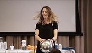 Hazırladığı Eğlenceli Deneylerle Öğrencilerin Kimyaya İlgisini Artıran Mükemmel Öğretmen: Kate Biberdorf