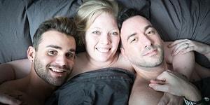 İlişkilerine Bir Kadını Dahil Ederek Üçlü İlişki Yaşayan Eşcinsel Çift