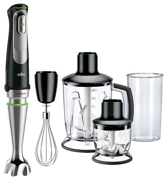 """3. Mutfağınızı """"gerçek bir mutfak"""" haline getirmeye and içmiş tüm aparatlarıyla Braun MQ 9045X Blender"""