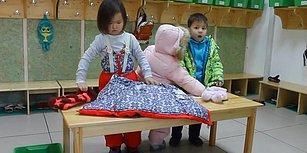 Çocuğunuza Bağımsız Olarak Kendi Kendine Giyinmeyi Öğretin!