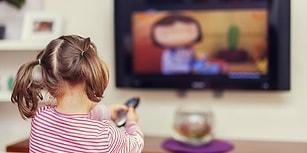 Uzmanlardan 'Çocuklar Sokakta Oynasın' Tavsiyesi: 'Televizyon ve Tabletler Körlük Tehlikesi Yaratabilir'