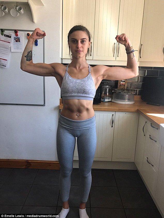 Emelle, iyileşme hikayelerinin olduğunu Instagram hesaplarını takip etmeye başladığında hayatı değişti.