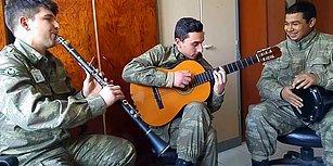 3 Mehmetçik'in Sosyal Medyayı Sallayan Şinanari Performansı