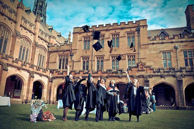 Avustralya, 2 yıllık master eğitimi alan öğrencilere sonrasında 2 yıl çalışma izni veriyor.
