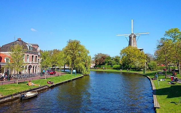 Hollanda - 1552 Euro
