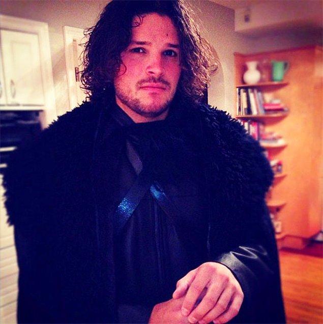 4. Jon Snow, o sen misin?