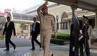 Tayland Başbakanı Yerini Maketine Bıraktı!