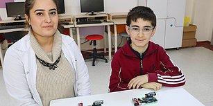 Bravo Çocuklar! 13 Yaşındaki Metehan ve Sınıf Arkadaşları Görme Engelliler İçin 'Engel Algılama' Cihazı Yaptı
