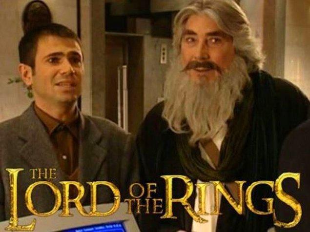 Gandalf ve Frodo Baggins'in Shire'dan ayrılıp Mordor'a olan yolculuğunu konu alan bir baş yapıt.