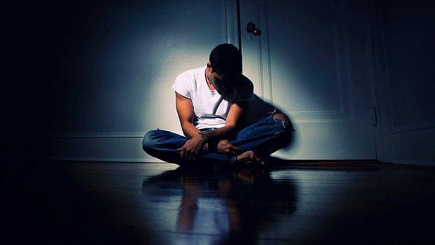 Resmen yalnızlık depresyona itiyor!