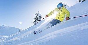 Bu Kış Pistlerde Asla Üşümemenizin Formülü Bulundu! Sizi Sarıp Sarmalamaya Gelen 8 Zırh Gibi Kayak Ürünü