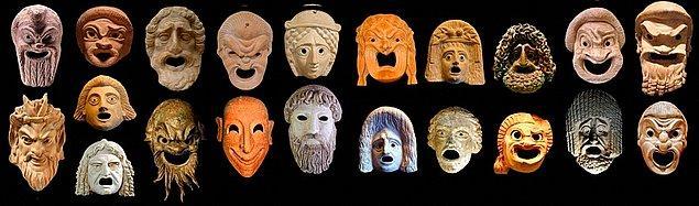 11. Antik Yunan Tragedya Maskeleri