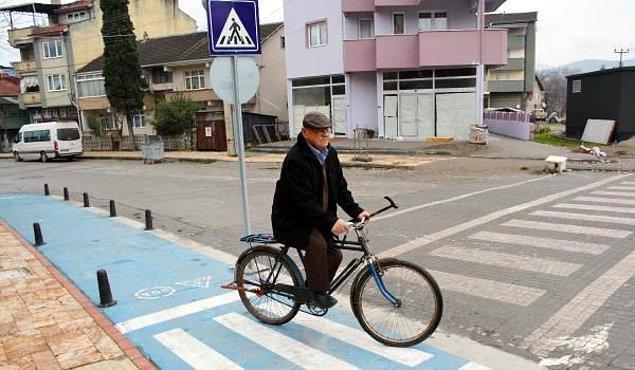 """""""Doktorun tavsiyesiyle başladım, o günden beri bisiklete biniyorum"""""""