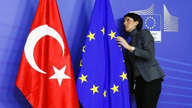 FT'ye konuşan bazı AB diplomatlarına göre anlaşma, Türkiye'nin AB ile kötüleşen ilişkisine rağmen yapıcı işbirliğinin geliştiği ender alanlardan biri oldu.