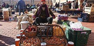 Kredi Kartı Yerine Yumurta Satmayı Seçti: İş Stresi Yüzünden Bankacılığı Bıraktı, Pazarcılığa Başladı