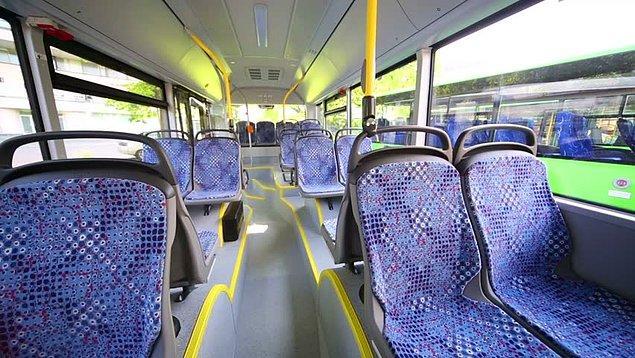 """3. """"O kadar kalabalık sırayı yarıp dalmışım otobüse, işimi garantiye alıp ilk gördüğüm yere yerleşirim diyen ablaların koltuğu"""" en ön sıra..."""