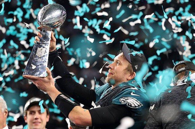 Rakibini 41-33 mağlup edip tarihindeki ilk Super Bowl zaferini elde eden Eagles, Aralık 1960'tan bu yana ilk defa NFL şampiyonluğuna ulaştı.