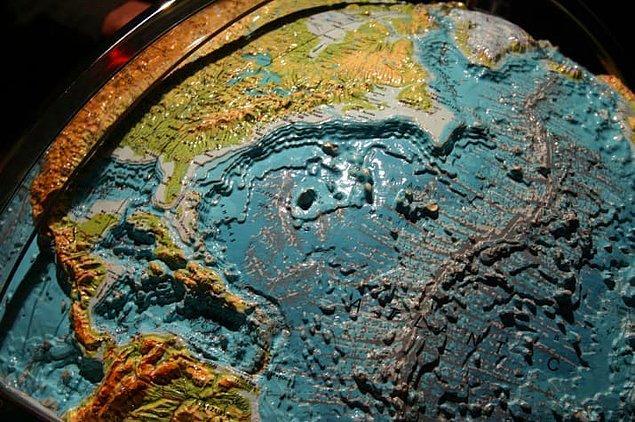 11. Bu demek oluyor ki, aslında günümüzde okyanuslar ile ilgili elimizde var olan bilgi birçok gezegen ile ilgili sahip olduğumuz detaydan çok çok daha az.