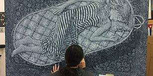 Tablolarında İnsan ile Doğa Arasında Bağlantı Kurmaya Çalışan Sanatçıdan 'Örülmüş' Hissi Uyandıran Çalışmalar