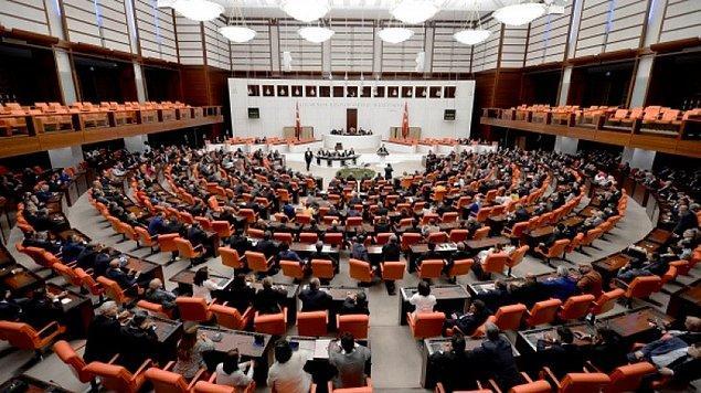 RTÜK'e dijital yayın platformlarına denetim yetkisi veren düzenleme Meclis'e sunuldu.