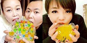 Çinlilerden Yeni Akım: Renkli ve Şekilli Buz Yeme Akımı