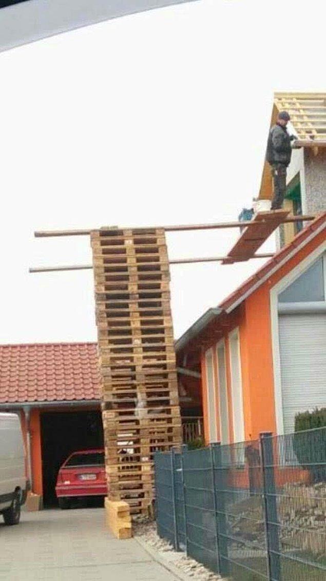 27. Tamam, inşaat işçiliği tehlikeli bir meslek.