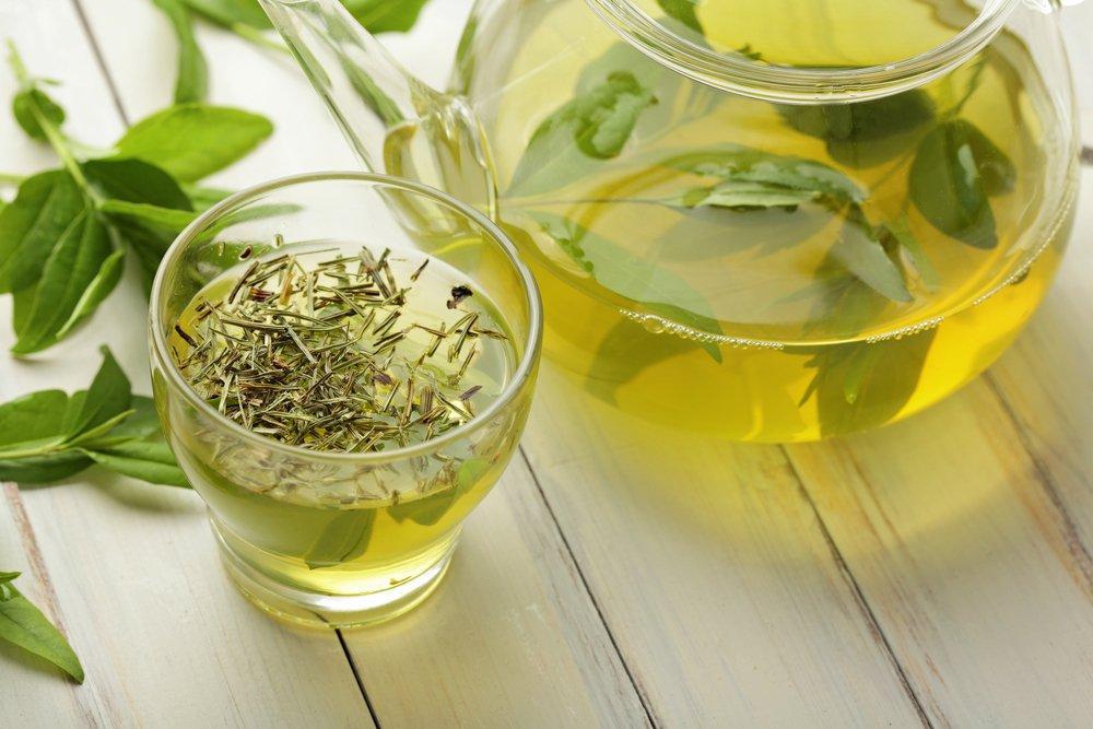 Severek İçtiğimiz Bitki Çaylarını Gereğinden Fazla Tüketirsek Ne Olur?