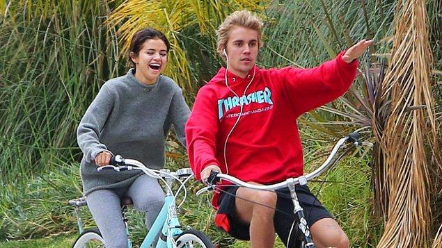 Selena Gomez & Justin Bieber çıktınız!