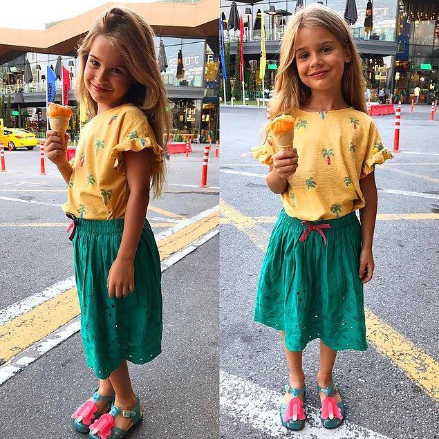 Açıkçası Lavinya da mükemmel pozlar veriyor. Küçük hanımın şu pozlarına bir bakın! İnsan ona kocaman sarılmak istiyor resmen.