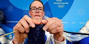 Kış Olimpiyatlarının Stresiyle Örgü Örerek Başa Çıkan Finlandiyalı Atletler, Bu Yıl da Şişleri Eline Aldı!